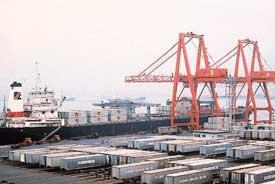 Relés e interruptores para gruas de carga en puertos
