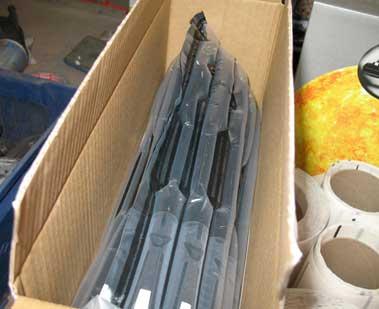 Tóner empaquetado y protegido dentro caja embalaje